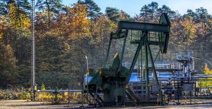 petrolio pompa